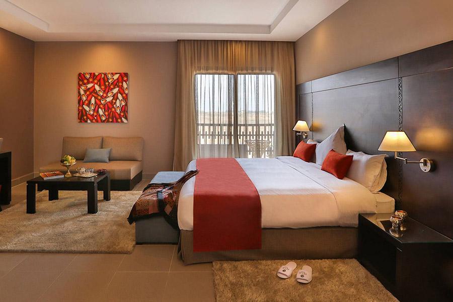 Hotel10-02